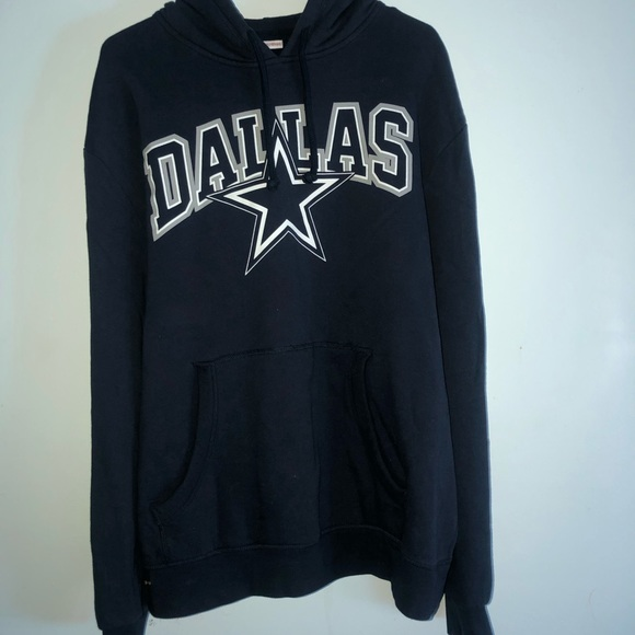 separation shoes 2faf5 7c8dc Mitchell & Ness Dallas Cowboys Hoodie